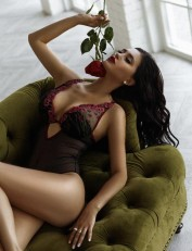 Miss Glam Swiss in Shanghai, Escorts.cm call girl, GFE Escorts.cm – GirlFriend Experience